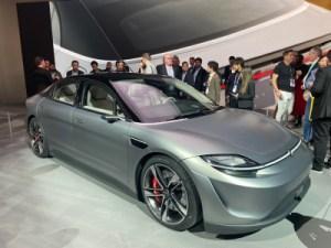 On a vu l'auto Sony Vision-S au CES 2020 (et on est prêts à la conduire)