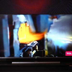 On a vu la première TV Mini LED 8K : TCL nous vante les mérites de son arme anti OLED