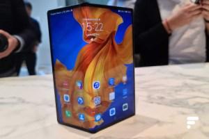 Prise en main du Huawei Mate Xs : une charnière qui rassure, un embargo qui perdure