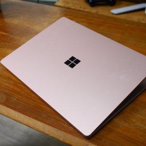 Microsoft Surface Pro8 et Laptop4: les premières photos montrent un design identique