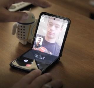 Xiaomi travaillerait sur un smartphone pliable à clapet semblable au Galaxy Z Flip
