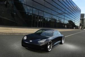 Hyundai Prophecy : deux manettes en guise de volant pour ce concept car électrique ultra épuré