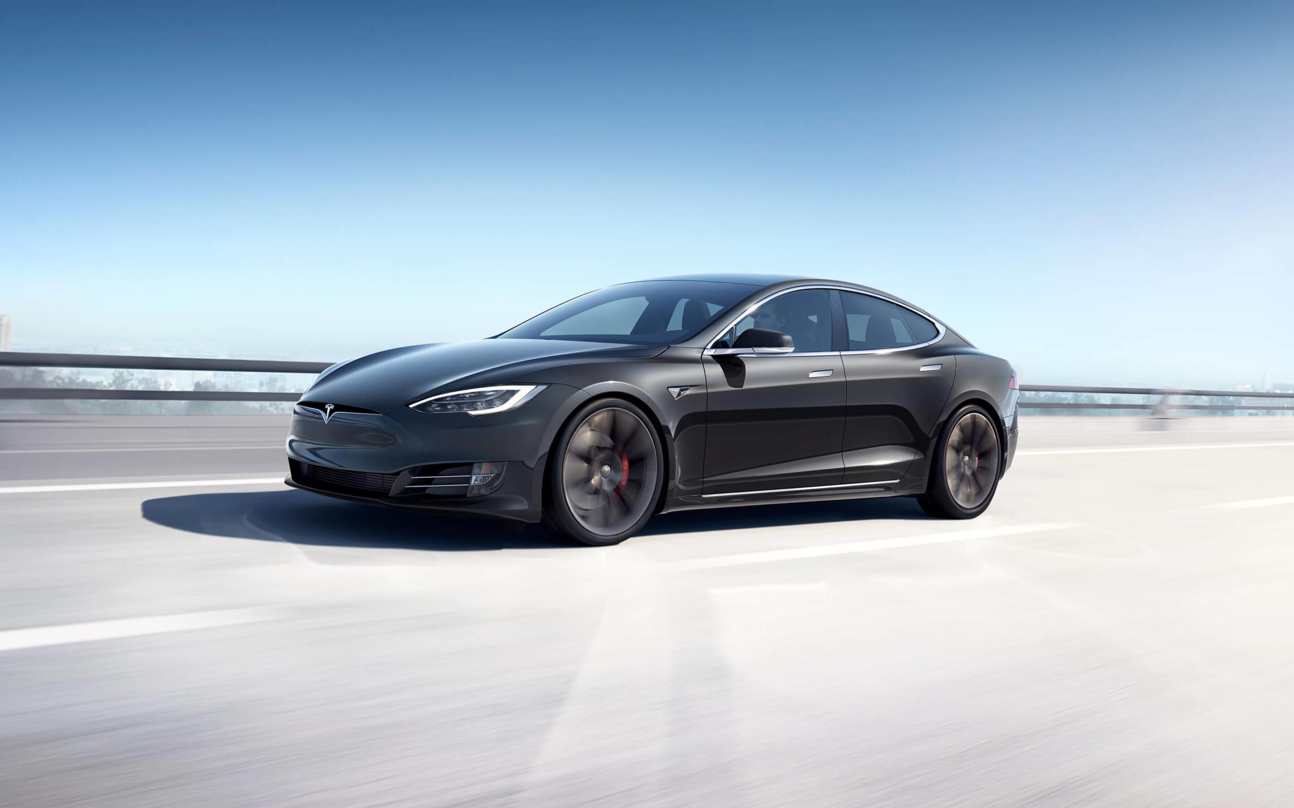 Tesla Model S : Elon Musk se lance dans une guerre des prix avec Lucid