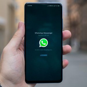 WhatsApp : Facebook retarde le changement des conditions d'utilisation