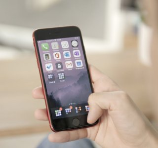 Test de l'Apple iPhone SE (2020): le petit prix, conçu pour durer?
