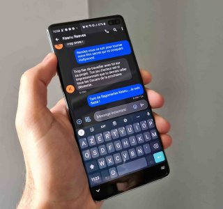 Google Messages permet désormais de transformer manuellement les RCS en SMS