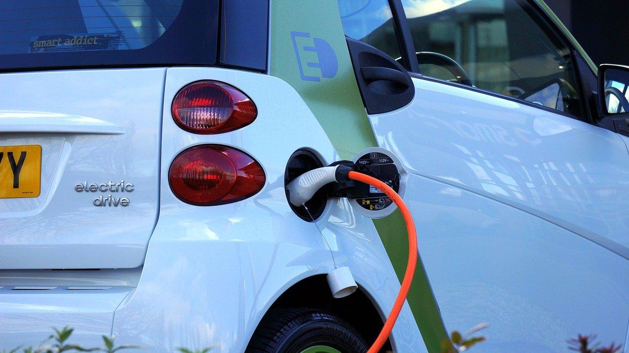 Pour contrer la Chine, l'UE veut mieux s'impliquer dans la normalisation du lithium