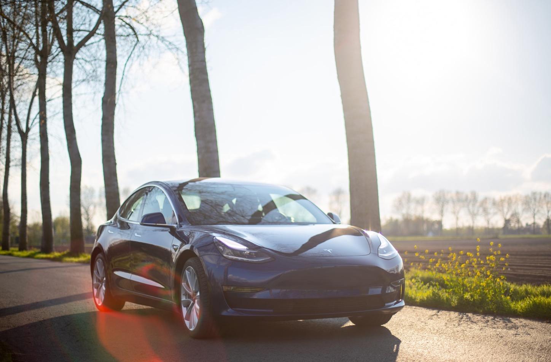 Tesla : des autonomies bientôt améliorées grâce à des batteries plus performantes