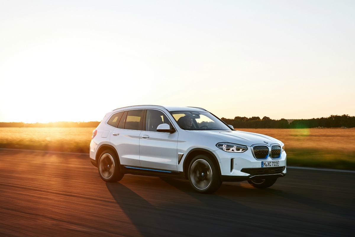 BMWiX3 officialisé : le SUV électrique allemand avec un autonomie de 460km