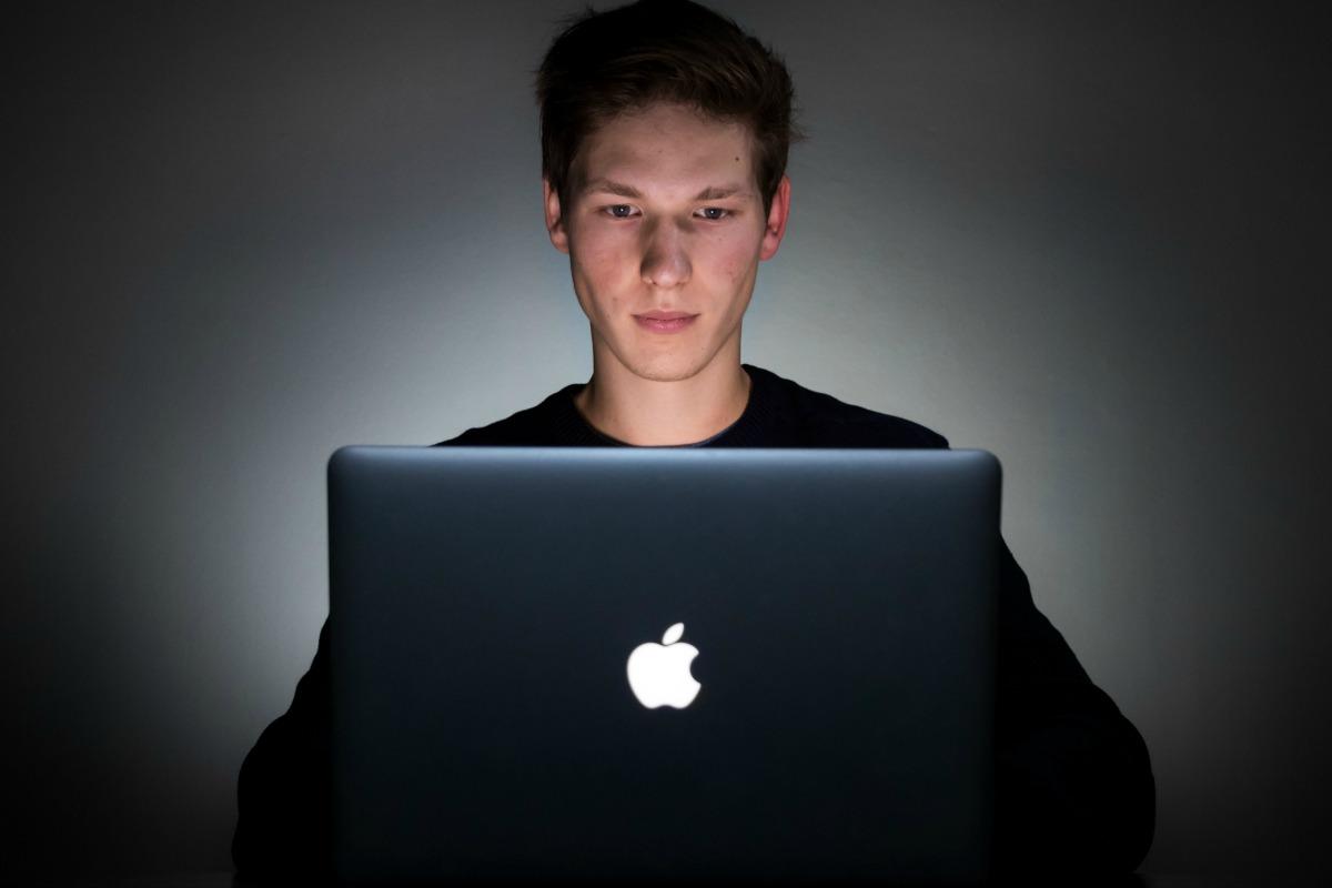 Les prochains Mac pourraient hériter de la reconnaissance faciale Face ID