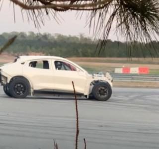 Mustang Mach-E : Ford travaillerait sur sa propre version du « Track Mode » de Tesla