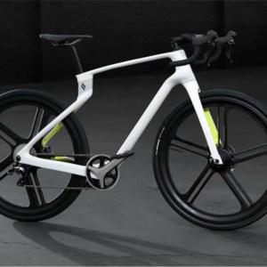 Superstrata Ion : imprimé en 3D, ce vélo électrique ultra léger offrira 90 km d'autonomie