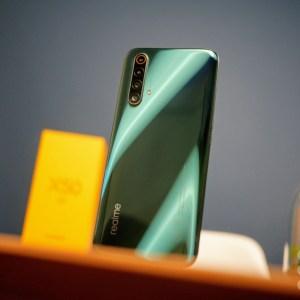 Realme a introduit de la pub dans ses smartphones, voilà comment vous en débarrasser