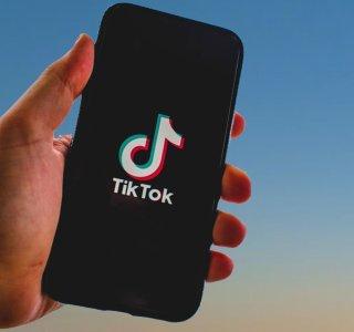 Microsoft pourrait racheter TikTok, Donald Trump en trouble-fête