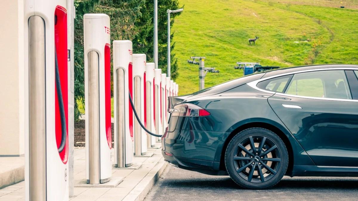 Les dix choses à savoir avant d'acheter une voiture électrique
