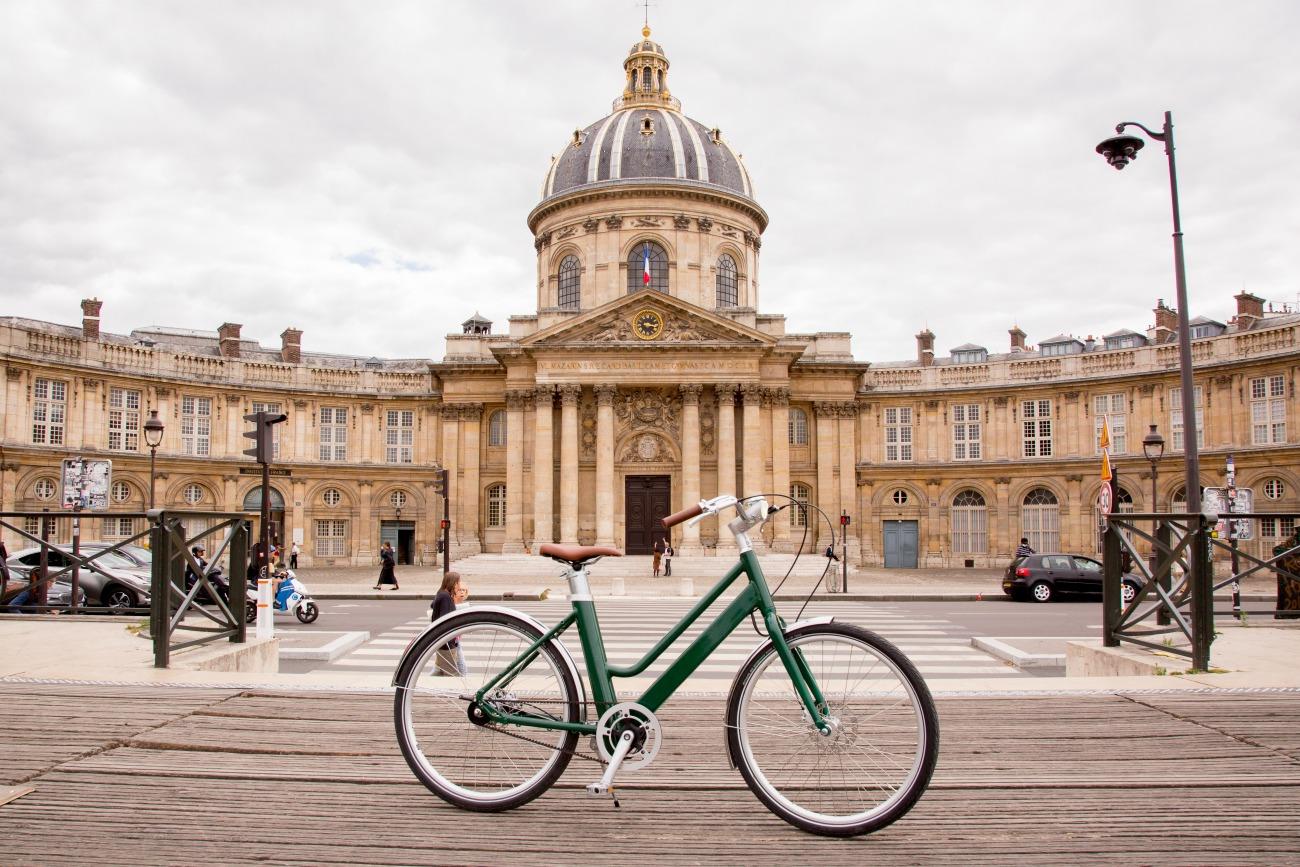 Voltaire : 80 km d'autonomie pour ce vélo électrique français taillé contre les vols