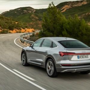 Audi e-tron 2021: le SUV électrique va pouvoir se recharger plus vite en courant alternatif