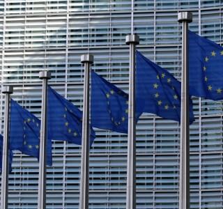 Antiterrorisme : l'UE aimerait sévir contre le chiffrement des applis de messagerie