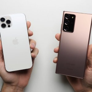 iPhone 12 Pro et Galaxy Note 20 Ultra : l'Apple A14 surpasse largement le Snapdragon 865 Plus