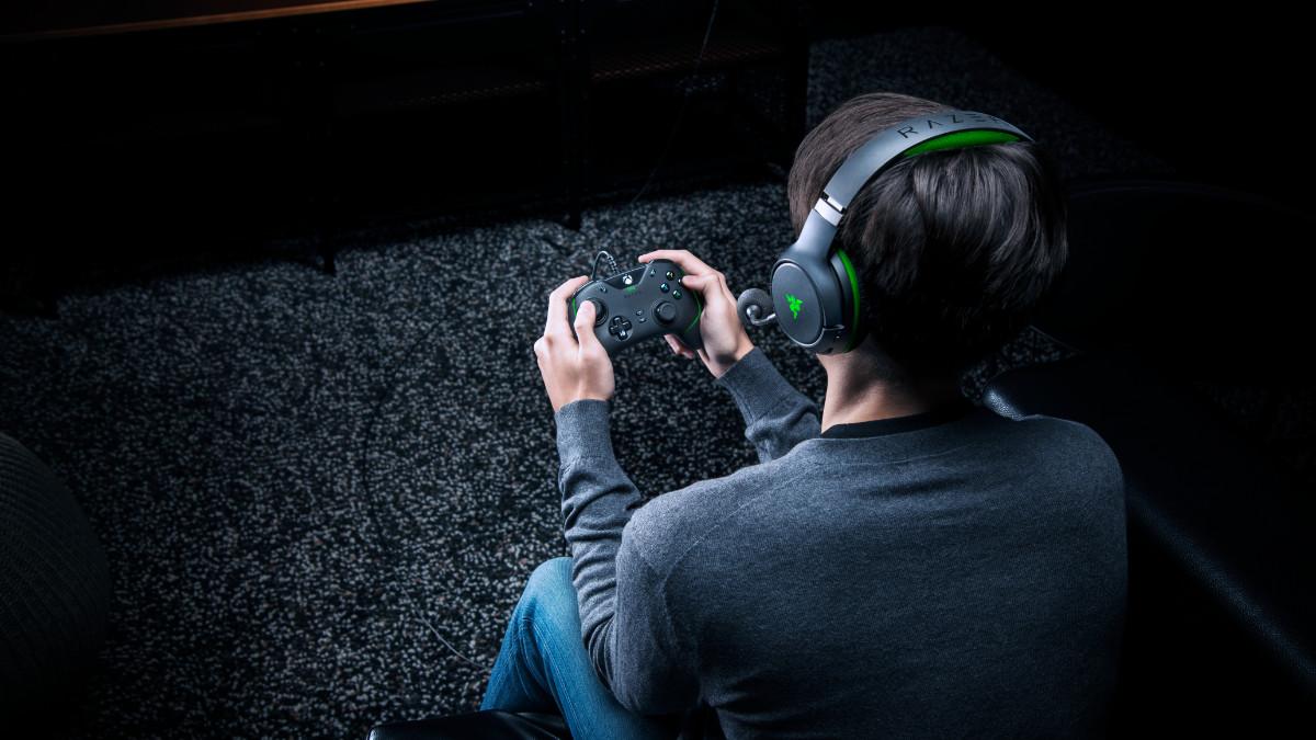 Wolverine V2 : la manette haute performance et programmable de Razer pour les Xbox Series X|S