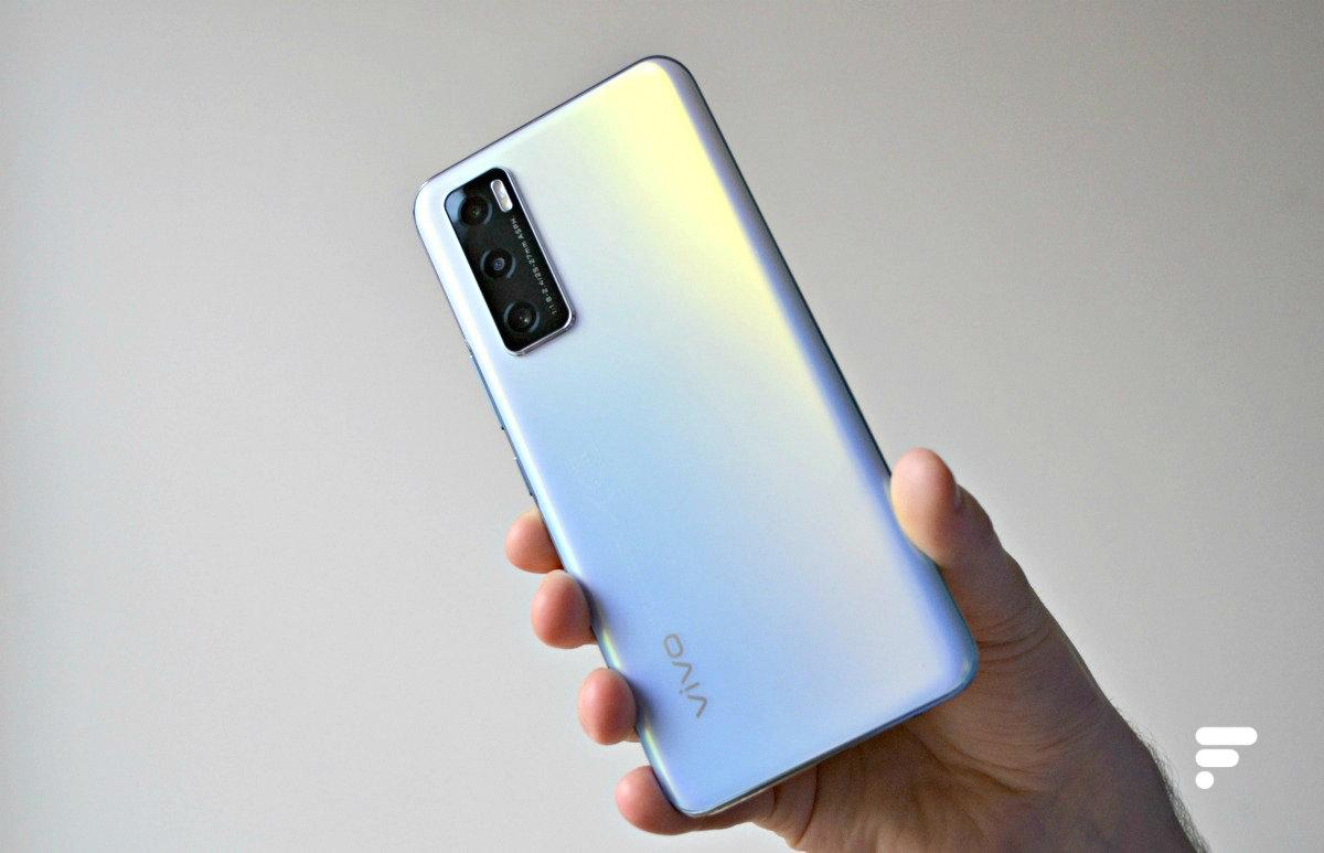 Vivo Y70 : ce smartphone milieu de gamme efficace chute sous les 200 €
