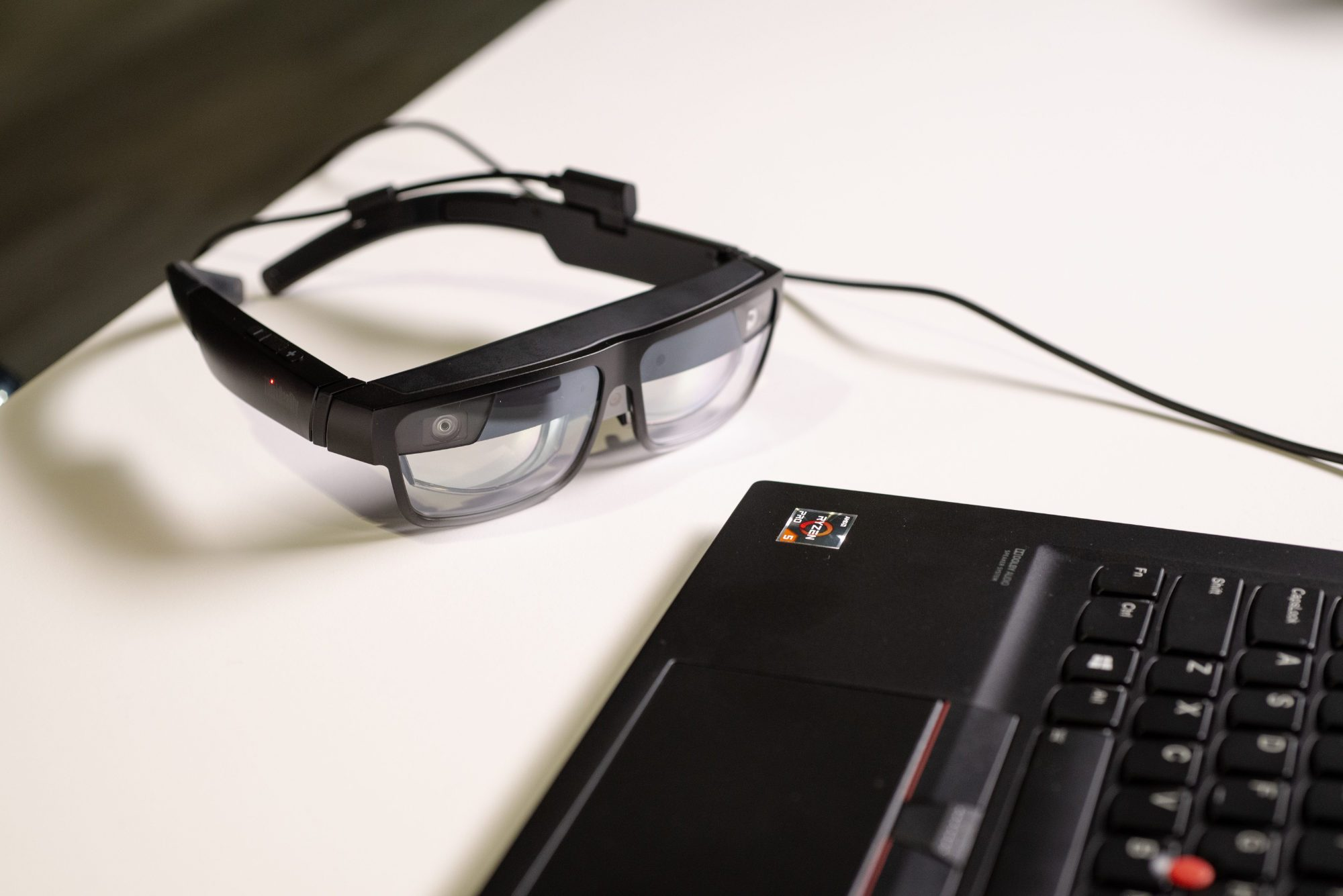 Lenovo ThinkReality A3: des lunettes de réalité mixte pour afficher 5 écrans