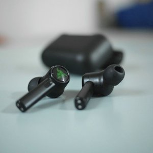 Test des Razer Hammerhead True Wireless Pro: Razer enfonce le clou avec des écouteurs séduisants