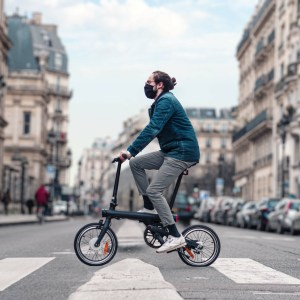Test du Xiaomi Mi Smart Electric Folding Bike: tout mignon, très pratique et bon marché