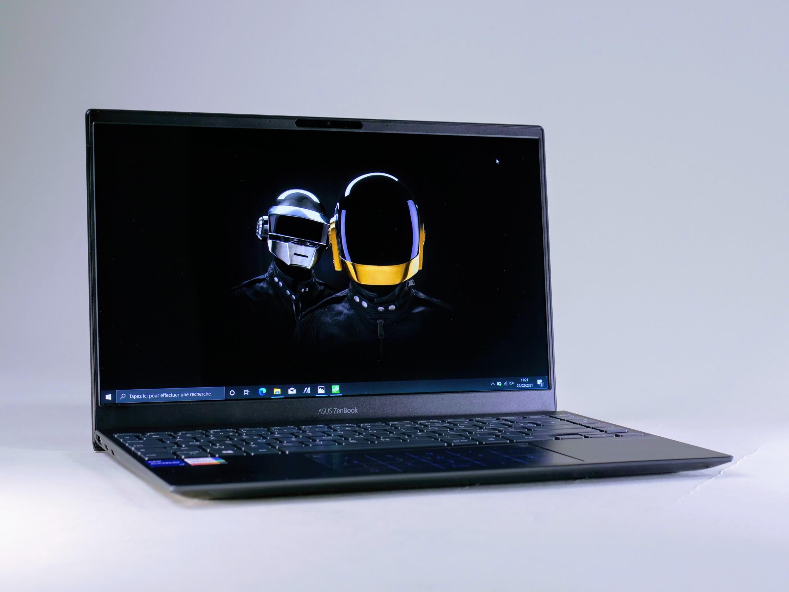 Test de l'Asus ZenBook 13 UX325 (2021) : l'ultrabook avec de l'OLED à un prix abordable