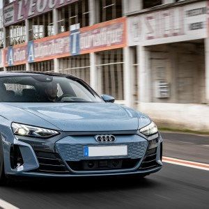 Essai de l'Audi e-tron GT quattro : plus confortable que sportive ?