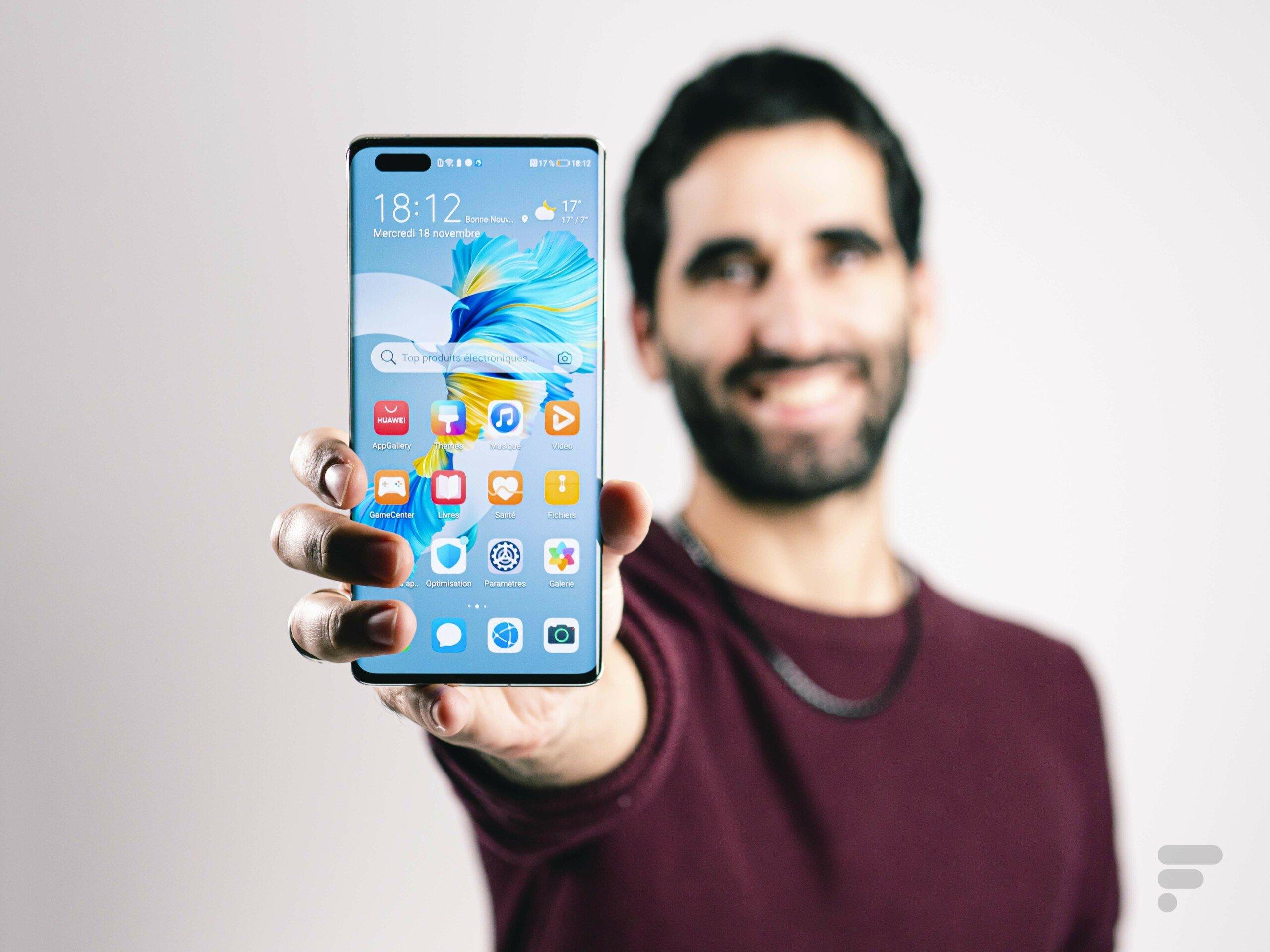 Huawei a une idée pour se renflouer: taxer des smartphones 5G d'autres marques