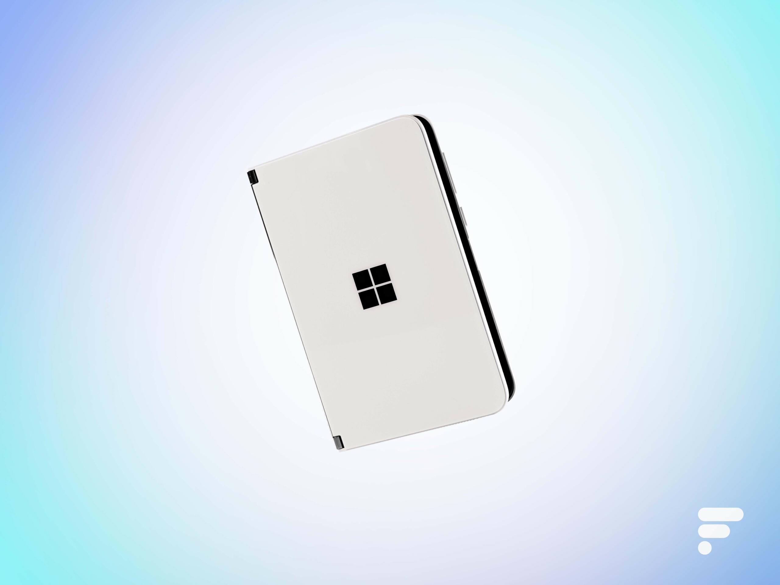 Surface Duo 2 : Microsoft préparerait un nouveau smartphone pliable pour la fin 2021