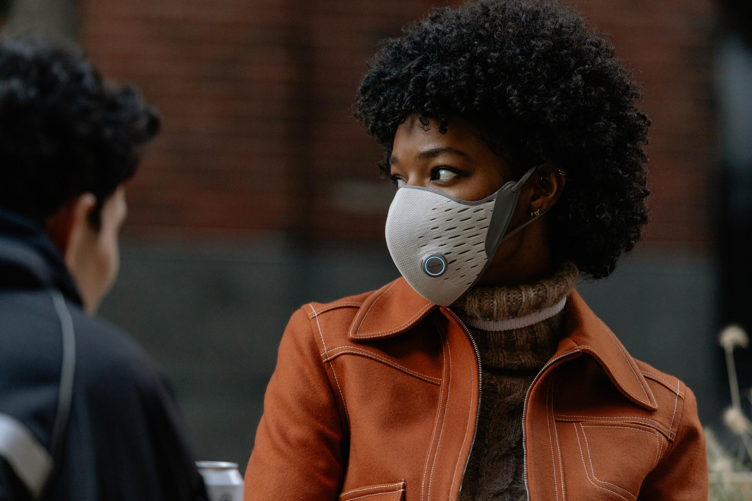 On a testé le masque connecté AirPop Active+: vraiment utile pour la santé ou gadget dans l'air du temps?