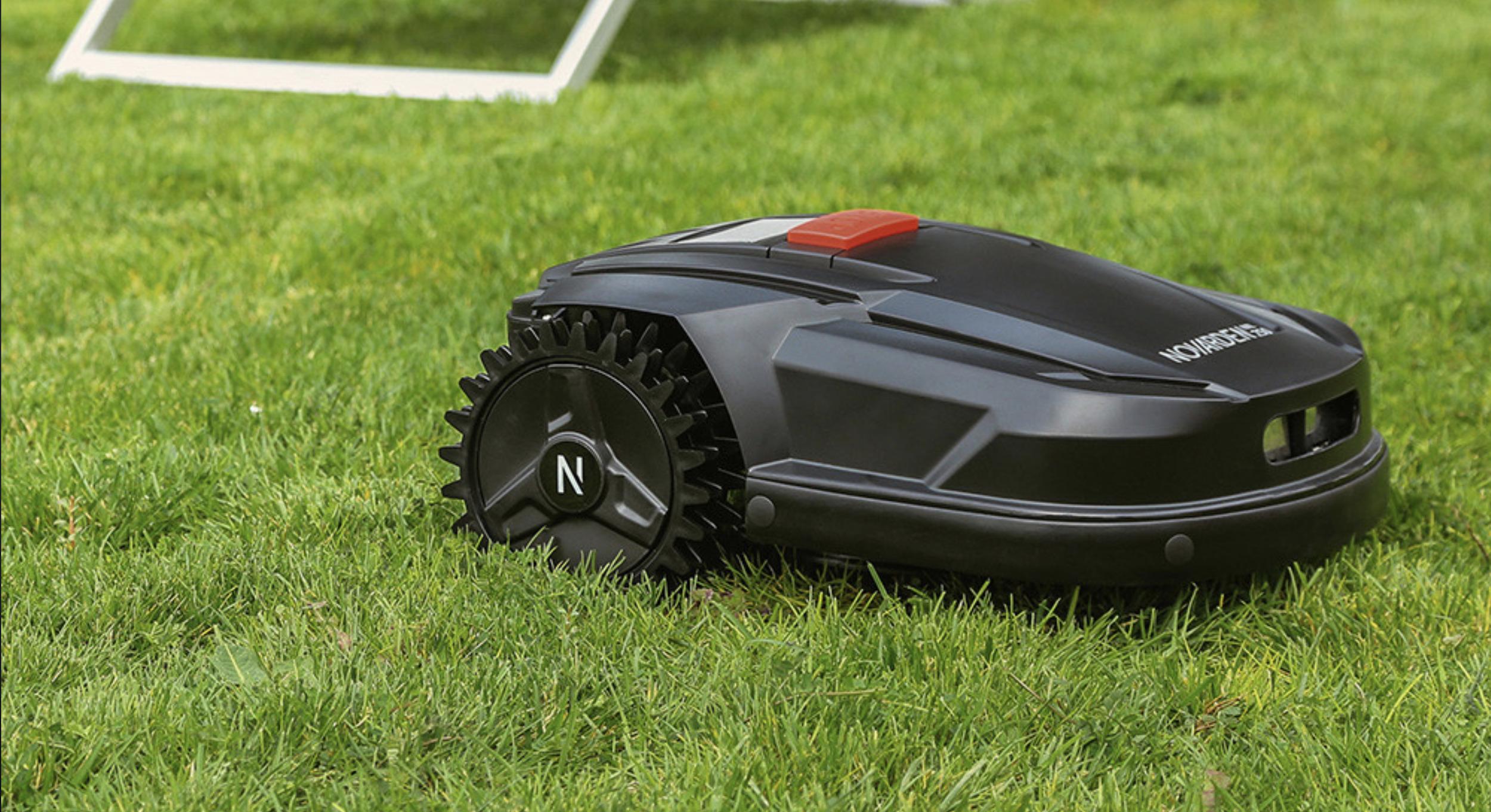 Novarden lance une tondeuse robot pour petite surface et petit budget