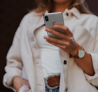 Ce forfait mobile illimité B&You ne coûte que 4,99 €/mois, mais il assure l'essentiel