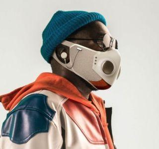Will.i.am lance également son masque intelligent avec écouteurs intégrés