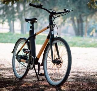 Möbius Bike: ce vélo électrique connecté est composé de bambou et de cuir végétal