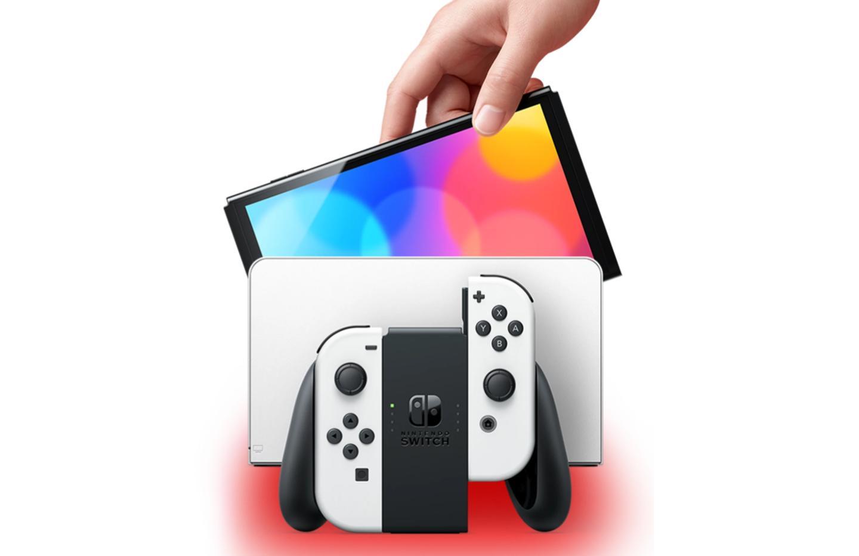 La Nintendo Switch OLED est moins chère en précommande avec ce code promo