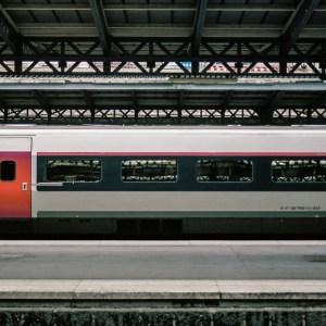 Pass sanitaire : ce qu'il faut savoir avant de prendre le train, le car ou l'avion
