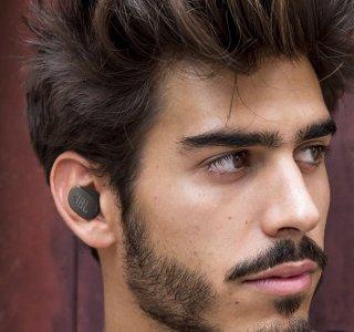 JBL lance de nouveaux écouteurs à réduction de bruit, pour les sportifs ou les petits budgets