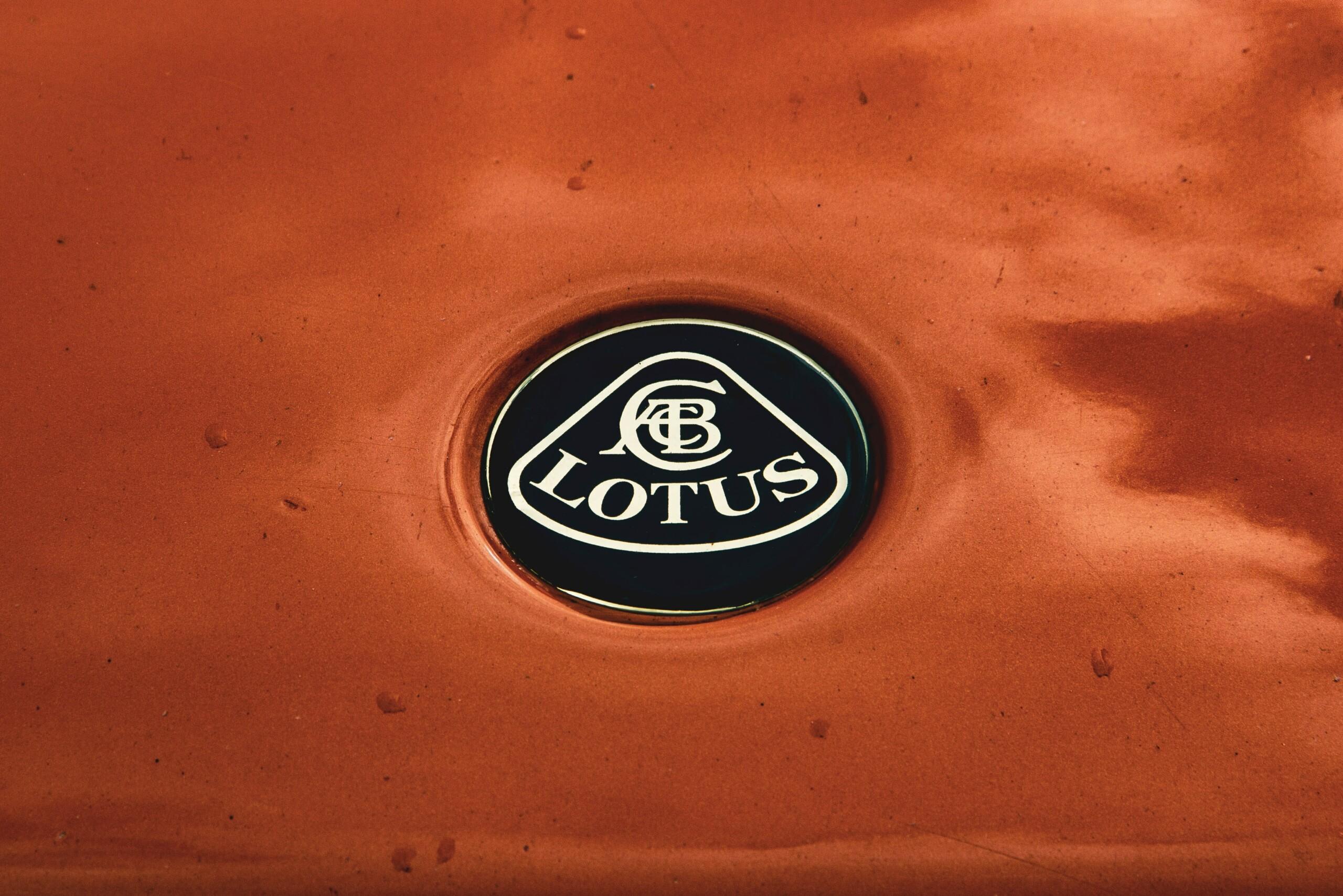 Lotus sort le grand jeu et détaille ses quatre prochains véhicules électriques