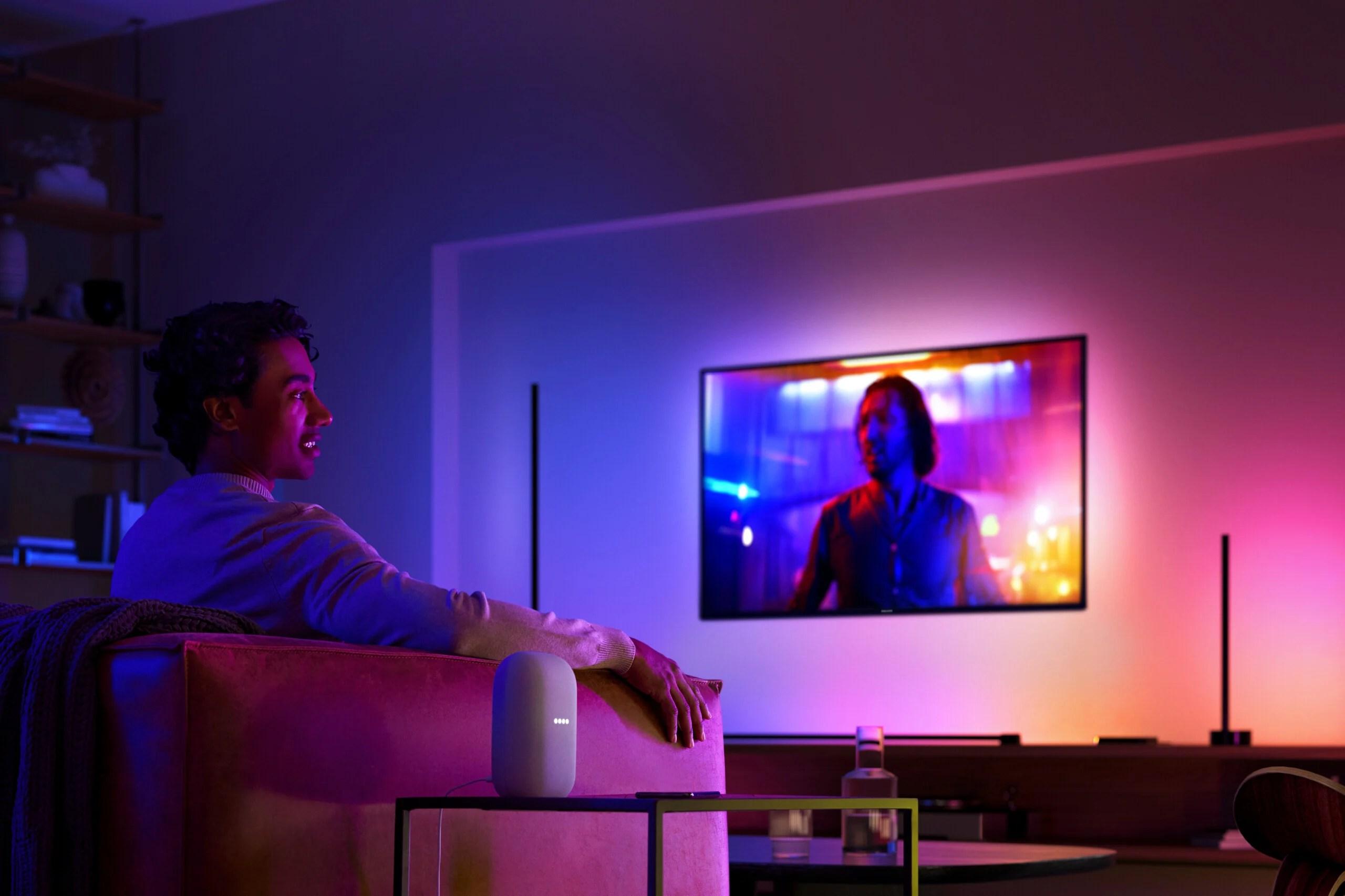 Plafonniers, tubes, bandeaux LED… Philips Hue fait le plein de nouveautés pour pulser la lumière chez vous