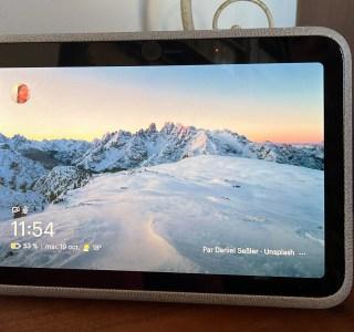 Test du Facebook Portal Go : la mobilité et la productivité qu'on attend d'un écran intelligent