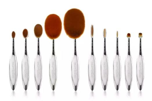 Artis Brush
