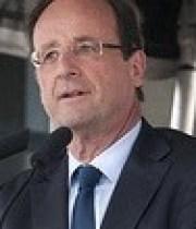 francois-hollande-president-bisous-180×124
