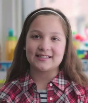 girls-do-science-microsoft-encourage-filles-science