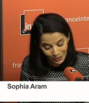 sophia-aram-avortement-coup-de-batte