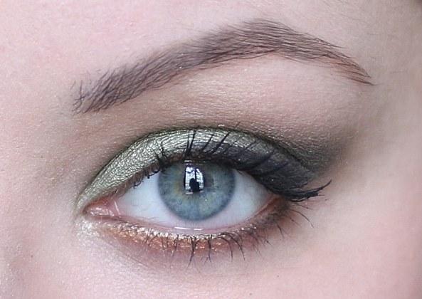 tuto-beaute-maquillage-soiree-fards-paupieres-colorful-sephora