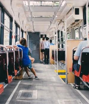 masturbation-dans-tramway