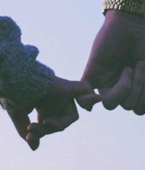 «secret-preserver-couple-enfant»